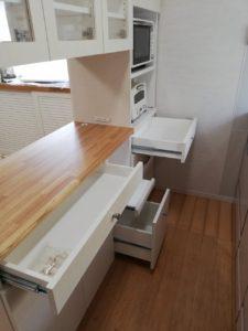 施工事例 キッチンリビング両面ハッチ 円山工芸