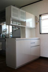 キッチンの収納棚
